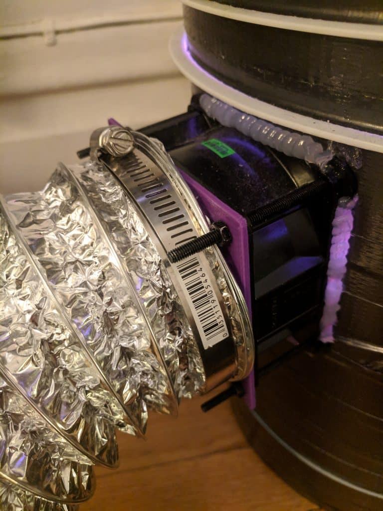 Adaptateur de ventilateur imprimé en 3D avec tube de conduit